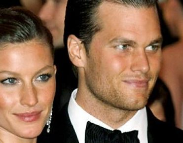 Celebrity homes: Gisele Bündchen and Tom Brady's Los Angeles home celebrity homes Celebrity homes: Gisele Bündchen and Tom Brady's Los Angeles home celebrity homes gisele bundchen and tom bradys los angeles home featured image 371x290