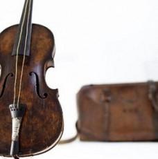 TITANIC VIOLIN SOLD FOR A WORLD RECord TITANIC VIOLIN SOLD FOR A WORLD RECord TITANIC VIOLIN SOLD FOR A WORLD RECord design limited edition unique pieces titanic violin sold for a world record2 228x230