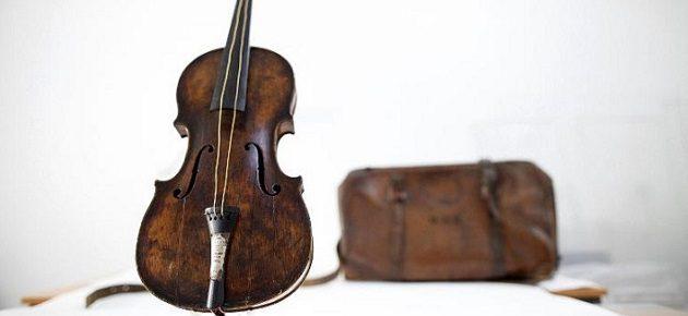 TITANIC VIOLIN SOLD FOR A WORLD RECord TITANIC VIOLIN SOLD FOR A WORLD RECord TITANIC VIOLIN SOLD FOR A WORLD RECord design limited edition unique pieces titanic violin sold for a world record2 630x290