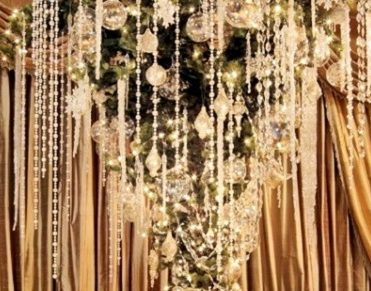 10 luxury christmas trees you will want to see 10 luxury christmas trees you will want to see 10 luxury christmas trees you will want to see 2012 Crystal Gems Luxury Upside Down Christmas Tree1 371x291