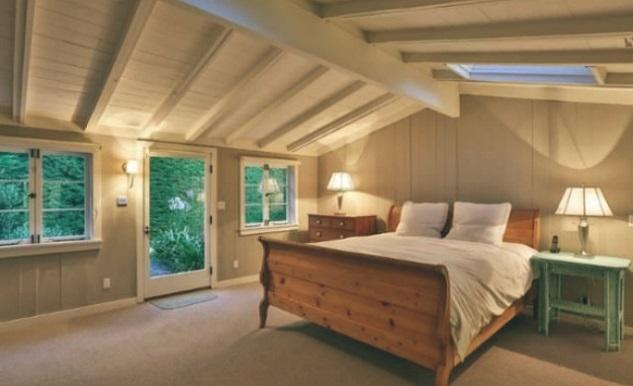 Leonardo-DiCaprio-Malibu-Beach-Home-bedroom-guesthouse