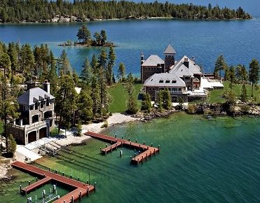 A Mansion on a Private Island: Shelter Island Estate in Montana mansion on a private island A Mansion on a Private Island: Shelter Island Estate in Montana Shelter Island Estate Flathead Lake Montana2 371x290