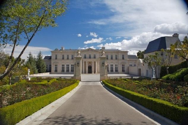 Fleur-de-lys-mansion