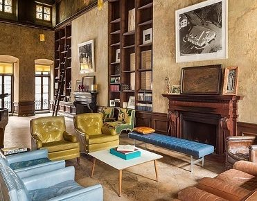 Mary-Kate Olsen's Epic New York Townhouse new york townhouse Mary-Kate Olsen's Epic New York Townhouse Formerly owned painter David Deutsch home filled1 371x290