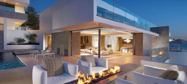 Luxury Terraces: 10 Outdoor Design Ideas With Fireplace design ideas with fireplace Luxury Terraces: 10 Outdoor Design Ideas With Fireplace Fireplace seaview 690x4601 644x290