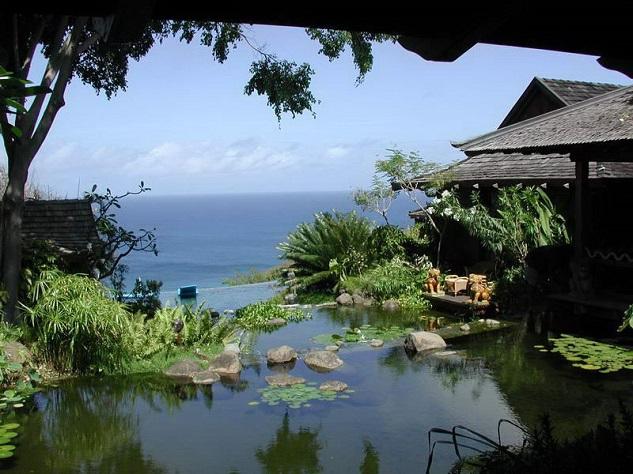 celebrity-homes-david-bowie-06 Celebrity Homes: David Bowie's Balinese inspired Villa Celebrity Homes: David Bowie's Balinese inspired Villa celebrity homes david bowie 06