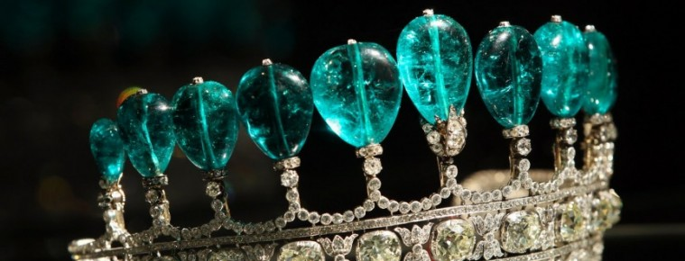 Most Expensive Jewerly Ever Most Expensive Jewellery Ever Most Expensive Jewellery Ever the most expensive homes Emerald and Diamond Tiara 759x290