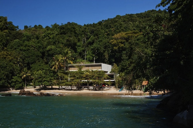 the-most-expensive-homes-Luxury-Beach-House-By-Marcio-Kogan-Architects-13