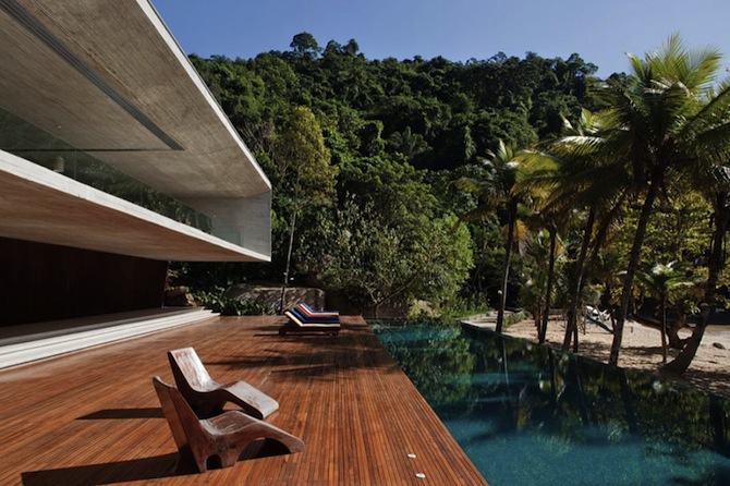 Meet the luxury beach dreams house by Marcio Kogan ➤ To see more news about The Most Expensive Homes around the world visit us at www.themostexpensivehomes.com #mostexpensive #mostexpensivehomes #themostexpensivehomes @expensivehomes