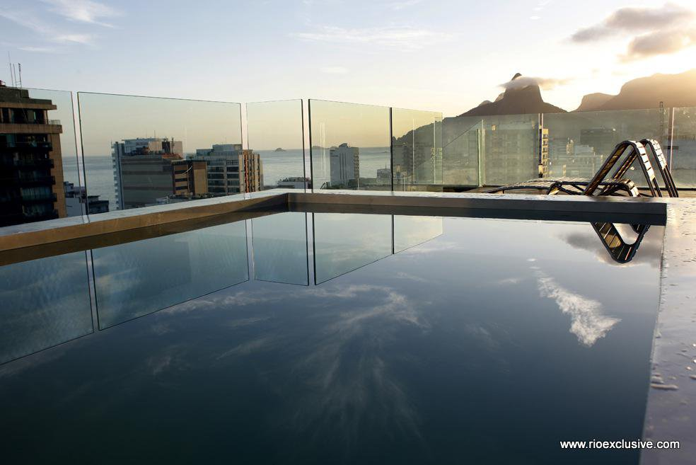the-most-expensive-homes-luxury-real-estate-rio-de-janeiro-Triplex penthouse in ipanema-5