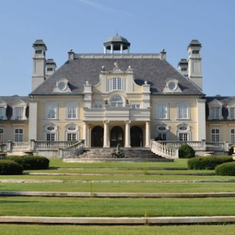 Meet this Alabama Mansion Inspired by Versailles
