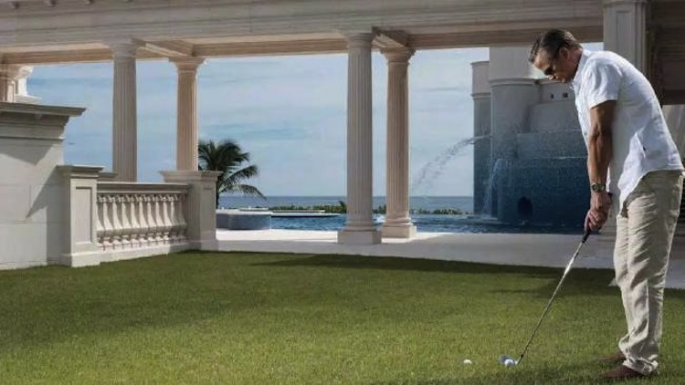 take-a-look-inside-the-most-expensive-home-in-america-6