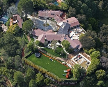 celebrity-the-most-expensive-homes-cover Celebrity Homes: Amy Schumer, Lauren Conrad and more Celebrity Homes: Amy Schumer, Lauren Conrad and more celebrity the most expensive homes cover 371x300