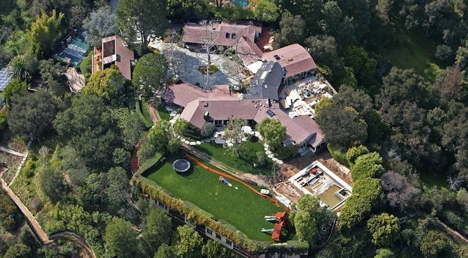 celebrity-the-most-expensive-homes-cover Celebrity Homes: Amy Schumer, Lauren Conrad and more Celebrity Homes: Amy Schumer, Lauren Conrad and more celebrity the most expensive homes cover 670x370
