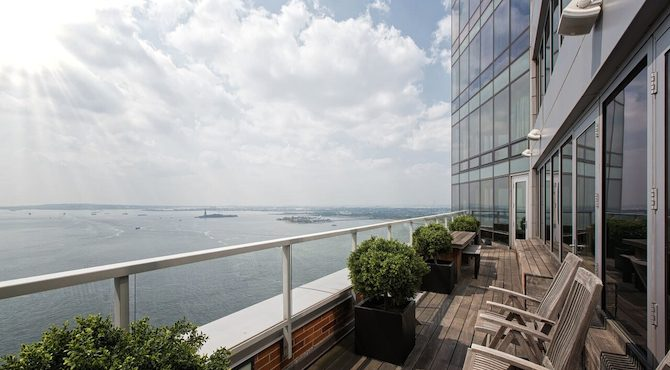 ritz-carlton-penthouse-is-selling-cover Ritz-Carlton Penthouse A Ritz-Carlton Penthouse Is Selling for $14.5 Million ritz carlton penthouse is selling cover 670x370