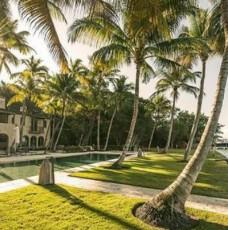 the-most-expensive-homes-the-most-expensive-homes-in-miami-1 most expensive homes in miami Take a Look at Some of The Most Expensive Homes in Miami the most expensive homes the most expensive homes in miami 1 228x230