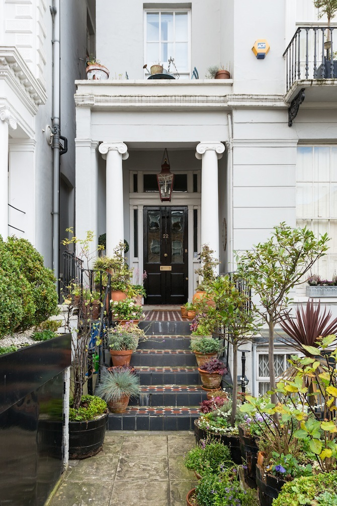 victorian-home-for-sale-in-london-2-WebEstate A Victorian Home Is for Sale in London for $3.3 Million A Victorian Home Is for Sale in London for $3.3 Million victorian home for sale in london 2 WebEstate