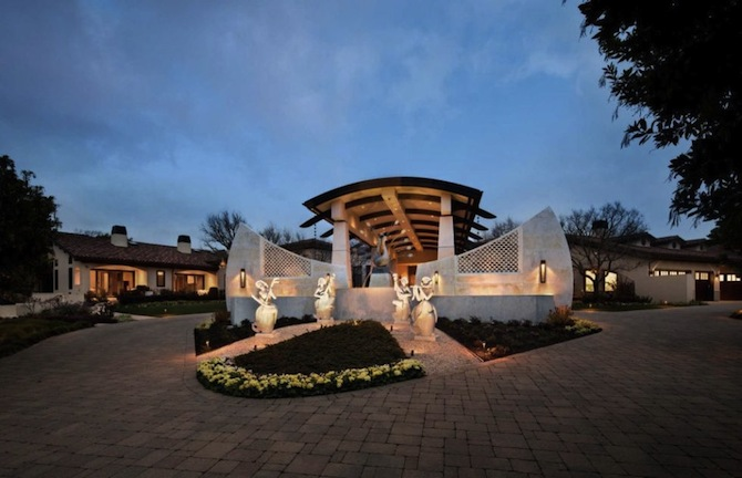 5-houses-to-buy-if-you-became-a-millionaire-4