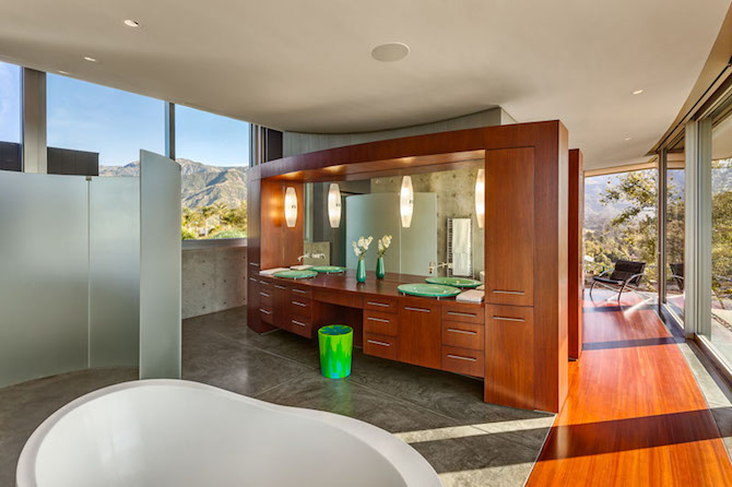 Get a Look Inside This California Home with Stunning 360-degree Views ➤ To see more news about The Most Expensive Homes around the world visit us at www.themostexpensivehomes.com #mostexpensive #mostexpensivehomes #themostexpensivehomes @expensivehomes