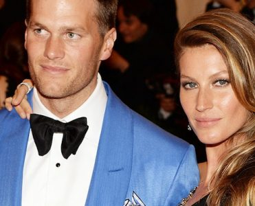 Gisele Bündchen and Tom Brady are Selling Their Manhattan Loft ➤ To see more news about The Most Expensive Homes around the world visit us at www.themostexpensivehomes.com #mostexpensive #mostexpensivehomes #themostexpensivehomes @expensivehomes gisele bündchen and tom brady Gisele Bündchen and Tom Brady are Selling Their Manhattan Loft Gisele Bu  ndchen and Tom Brady are Selling Their Manhattan Loft 371x300