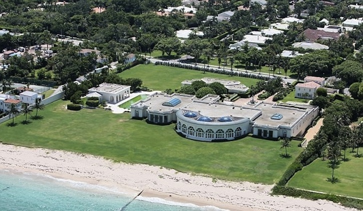Meet 10 World's Most Expensive Houses And Their Owners ➤ To see more news about The Most Expensive Homes around the world visit us at www.themostexpensivehomes.com #mostexpensive #mostexpensivehomes #themostexpensivehomes @expensivehomes
