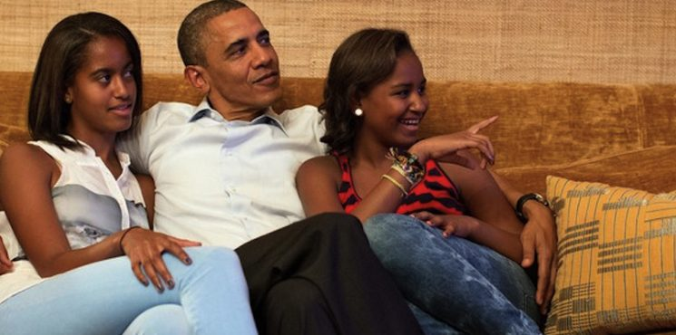Celebrity Homes: Inside the Obama Family's Stylish Private World ➤ To see more news about The Most Expensive Homes around the world visit us at www.themostexpensivehomes.com #mostexpensive #mostexpensivehomes #themostexpensivehomes @expensivehomes obama family Celebrity Homes: Inside the Obama Family's Stylish Private World Celebrity Homes Inside the Obama Familys Stylish Private World 745x370