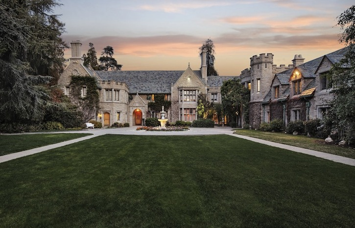 Luxury Real Estate: World's Most Expensive Homes of 2016 ➤ To see more news about The Most Expensive Homes around the world visit us at www.themostexpensivehomes.com #mostexpensive #mostexpensivehomes #themostexpensivehomes @expensivehomes world's most expensive homes of 2016 Get to Know The World's Most Expensive Homes of 2016 Luxury Real Estate The Most Expensive Homes of 2016 2