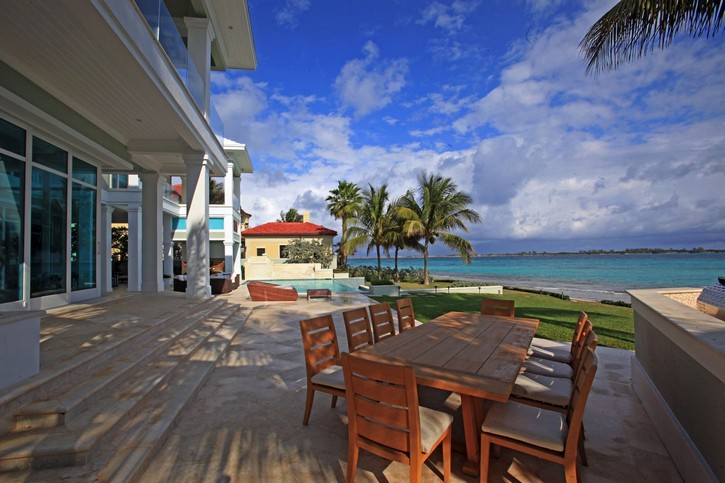 This Stunning Ocean Club Estate in the Bahamas is for Sale