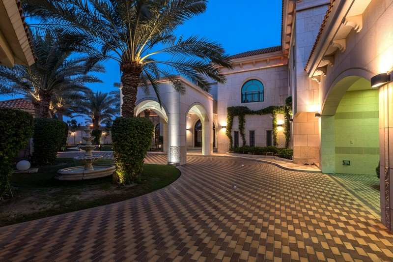 Meet the Stunning Bahrain Luxury Real Estate ➤ To see more news about The Most Expensive Homes around the world visit us at www.themostexpensivehomes.com #mostexpensive #mostexpensivehomes #themostexpensivehomes @expensivehomes