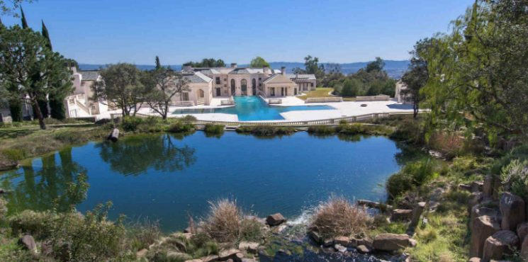 This Exquisite LA Luxury Real Estate Can Be Yours for $40M ➤ To see more news about The Most Expensive Homes around the world visit us at www.themostexpensivehomes.com #mostexpensive #mostexpensivehomes #themostexpensivehomes @expensivehomes