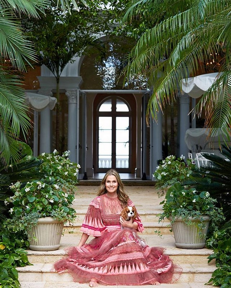 Celebrity Homes - Inside Aerin Lauder's Family Home in Palm Beach ➤ To see more news about The Most Expensive Homes around the world visit us at www.themostexpensivehomes.com #mostexpensive #mostexpensivehomes #themostexpensivehomes @expensivehomes celebrity homes Celebrity Homes: Inside Aerin Lauder's Family Home in Palm Beach Celebrity Homes Inside Aerin Lauders Family Home in Palm Beach 8