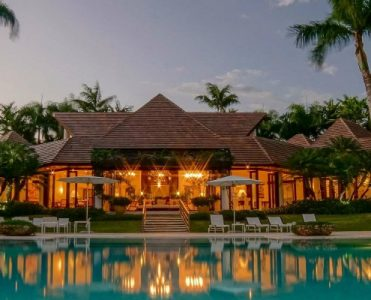 Villa El Palmar - Meet the Luxury Real Estate in the Dominican Republic ➤ To see more news about The Most Expensive Homes around the world visit us at www.themostexpensivehomes.com #mostexpensive #mostexpensivehomes #themostexpensivehomes @expensivehomes