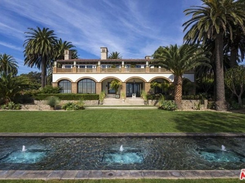 Inside beyonce and jay z home