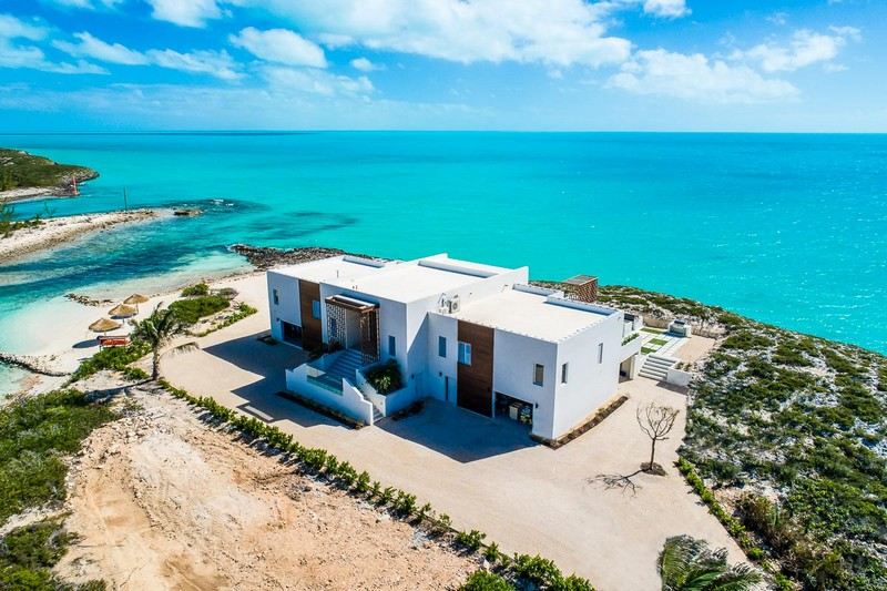 caribbean's most luxury rental villa Discover Tip of the Tail – the Caribbean's Most Luxury Rental Villa Discover Tip of the Tail the Caribbeans Most Luxury Rental Villa 41