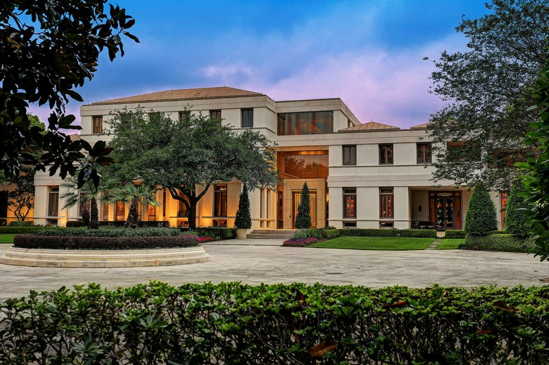 Luxury Houston Home Built for Saudi Prince Costs $20 Million ➤ To see more news about The Most Expensive Homes around the world visit us at www.themostexpensivehomes.com #mostexpensive #mostexpensivehomes #themostexpensivehomes #luxuryrealestate @expensivehomes