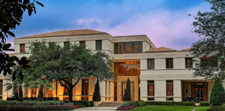 Luxury Houston Home Built for Saudi Prince Costs $20 Million ➤ To see more news about The Most Expensive Homes around the world visit us at www.themostexpensivehomes.com #mostexpensive #mostexpensivehomes #themostexpensivehomes #luxuryrealestate @expensivehomes Luxury Houston Home Luxury Houston Home Built for Saudi Prince Costs $20 Million Luxury Houston Home Built for Saudi Prince Costs 20 Million 745x370