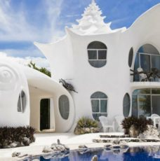 Luxury Travel Destinations - Top 10 Most Expensive Homes on Airbnb ➤ To see more news about The Most Expensive Homes around the world visit us at www.themostexpensivehomes.com #mostexpensive #mostexpensivehomes #themostexpensivehomes #luxuryrealestate #celebrityhomes @expensivehomes