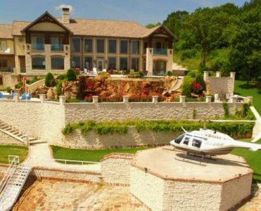 The Fabulous Legacy Lakefront Estate Can Be Yours for $6.75 Million ➤ To see more news about The Most Expensive Homes around the world visit us at www.themostexpensivehomes.com #mostexpensive #mostexpensivehomes #themostexpensivehomes #luxuryrealestate @expensivehomes