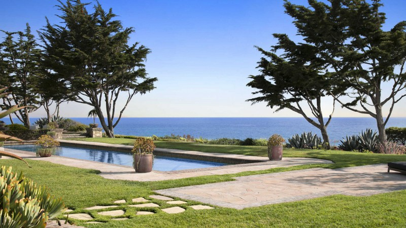 This Impressive Beachfront Property in San Clemente Can Be Yours ➤ To see more news about The Most Expensive Homes around the world visit us at www.themostexpensivehomes.com #mostexpensive #mostexpensivehomes #themostexpensivehomes #luxuryrealestate #celebrityhomes @expensivehomes
