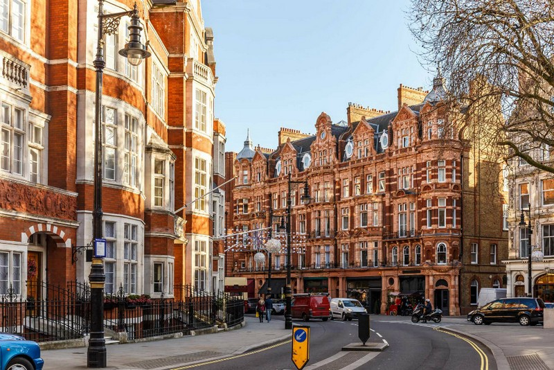 Luxury Neighborhoods Mayfair The Most Trendy Place To Live In London See