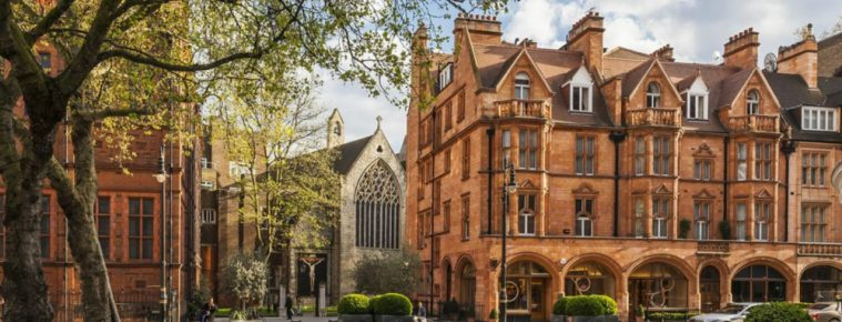 Luxury Neighborhoods - Mayfair, the Most Trendy Place to Live in London ➤ To see more news about The Most Expensive Homes around the world visit us at www.themostexpensivehomes.com #mostexpensive #mostexpensivehomes #themostexpensivehomes #celebrityhomes @expensivehomes