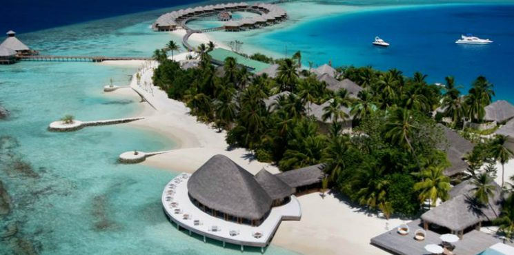Luxury Travel Destinations - 7 Private Island Escapes to Daydream About ➤ To see more news about The Most Expensive Homes around the world visit us at www.themostexpensivehomes.com #mostexpensive #mostexpensivehomes #themostexpensivehomes #luxuryrealestate @expensivehomes