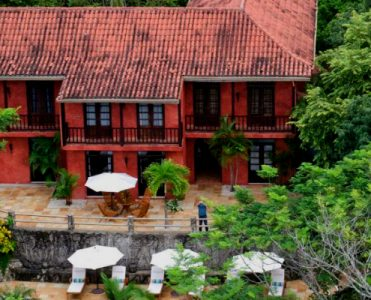 Mel Gibson's Beachfront Jungle Retreat in Costa Rica is For Sale ➤ To see more news about The Most Expensive Homes around the world visit us at www.themostexpensivehomes.com #mostexpensive #mostexpensivehomes #themostexpensivehomes #celebrityhomes @expensivehomes