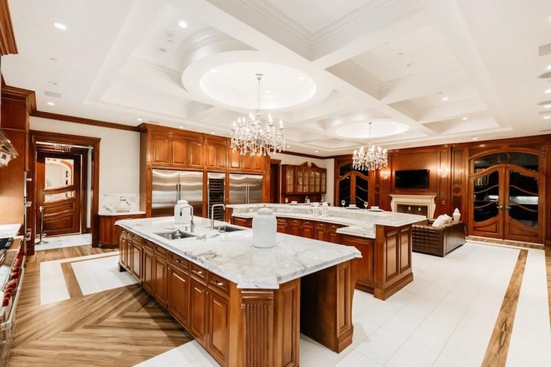 beverly hills mansion This Striking Beverly Hills Mansion is Listed for Sale for $80M This Striking Beverly Hills Mansion is Listed for Sale for 80M 18