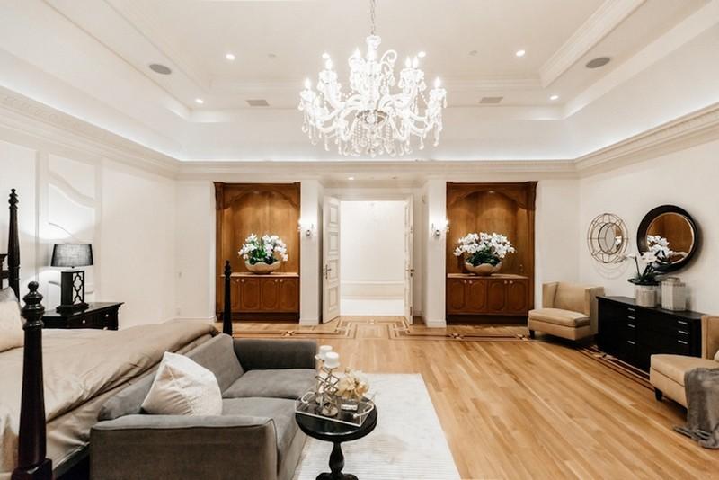 beverly hills mansion This Striking Beverly Hills Mansion is Listed for Sale for $80M This Striking Beverly Hills Mansion is Listed for Sale for 80M 5