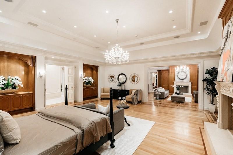 beverly hills mansion This Striking Beverly Hills Mansion is Listed for Sale for $80M This Striking Beverly Hills Mansion is Listed for Sale for 80M 7
