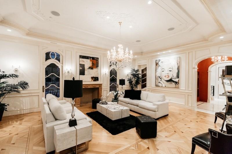 beverly hills mansion This Striking Beverly Hills Mansion is Listed for Sale for $80M This Striking Beverly Hills Mansion is Listed for Sale for 80M 9