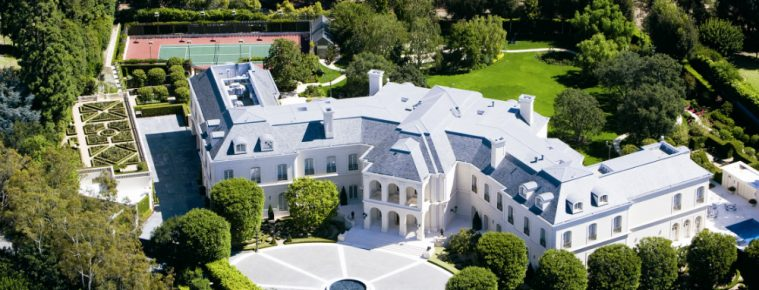 10+ America's Most Expensive Homes for Sale Right Now - Celebrity Homes - The Most Expensive Homes - Luxury Real Estate - Luxury Neighborhoods ➤ Explore The Most Expensive Homes around the world on our website! #mostexpensive #mostexpensivehomes #themostexpensivehomes #luxuryrealestate #luxuryneighborhoods #realestate #celebrityhomes @expensivehomes america's most expensive homes for sale 10+ America's Most Expensive Homes for Sale Right Now 10 Americas Most Expensive Homes for Sale Right Now Celebrity Homes The Most Expensive Homes Luxury Real Estate Luxury Neighborhoods 759x290