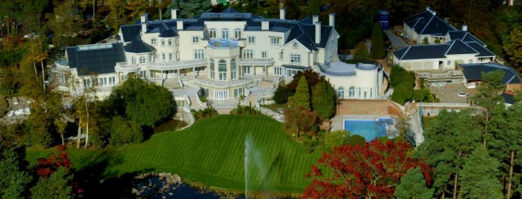 The 10 Most Expensive Homes in Europe You'll See This Week - Luxury Real Estate - Luxury Neighborhoods ➤ Explore The Most Expensive Homes around the world on our website! #mostexpensive #mostexpensivehomes #themostexpensivehomes #luxuryrealestate #luxuryneighborhoods #realestate #celebrityhomes @expensivehomes most expensive homes in europe The 10 Most Expensive Homes in Europe You'll Ever See The 10 Most Expensive Homes in Europe Youll See This Week 759x290