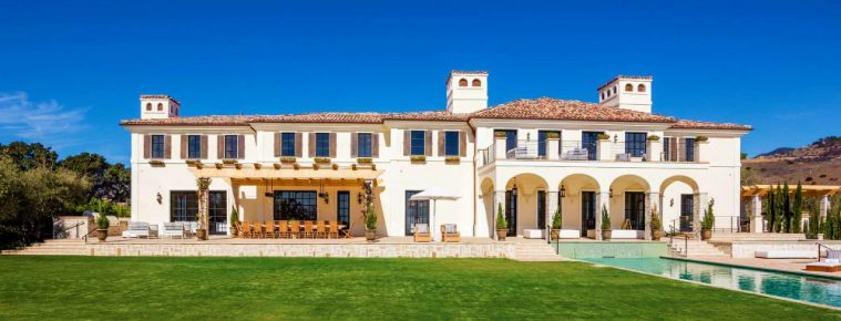 Luxury Real Estate - It Will Cost You $19.75M To Live La Vie en Rose - Luxury Neighborhoods - Malibu Luxury Homes - Malibu Luxury Mansions - Celebrity Homes ➤ Explore The Most Expensive Homes around the world on our website! #mostexpensive #mostexpensivehomes #themostexpensivehomes #luxuryrealestate #luxuryneighborhoods #realestate #celebrityhomes @expensivehomes